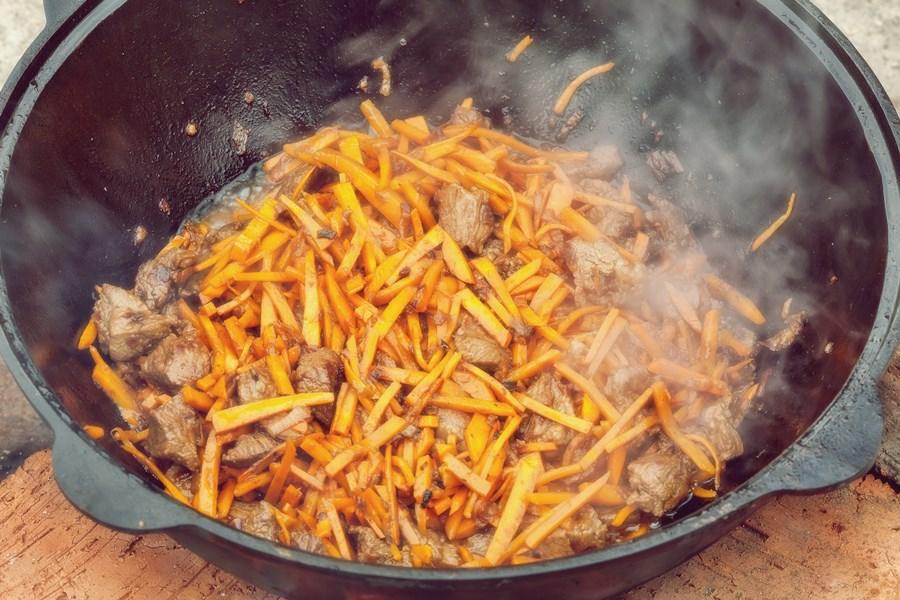 Плов — добавить морковь