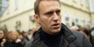 Навальный задержан полицией