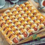 Сосиски в тесте как пирог