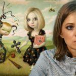 Поклонская и девушка с картины Истребительница